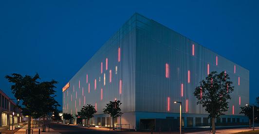 eest! Projekt LUDWIG Leuchten Light & Building 2016
