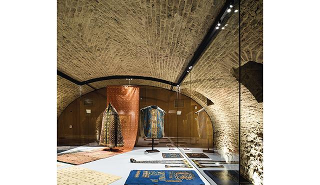 Illuminazione di musei luce per arte e cultura zumtobel
