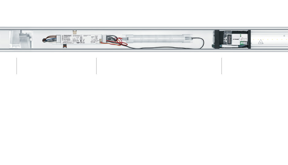 led lichtband slotlight infinity zumtobel. Black Bedroom Furniture Sets. Home Design Ideas