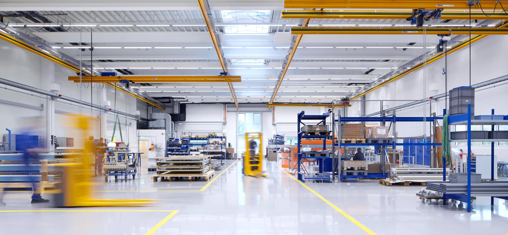 innovative led lighting solutions and lighting management zumtobel